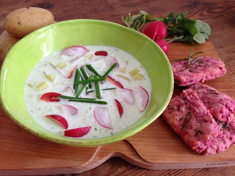 Suppe mit knackigem Gemüse