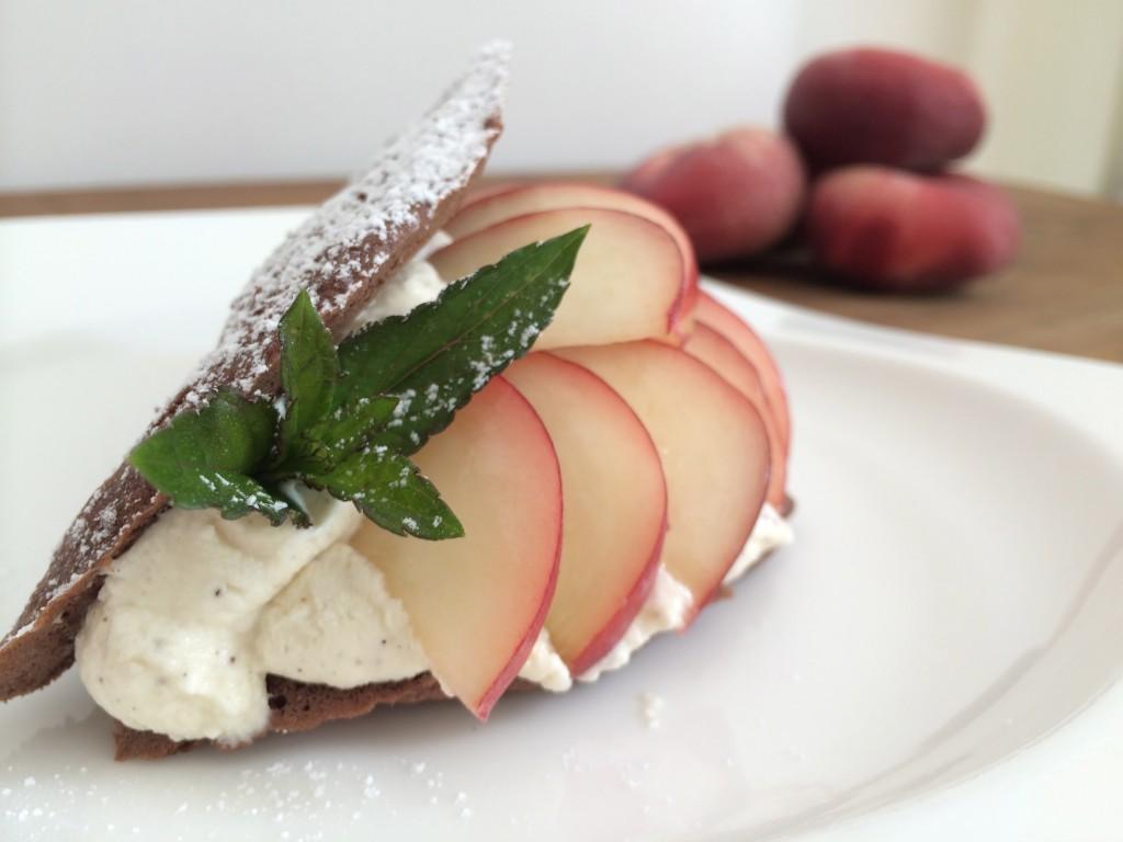 Biskuittaschen mit Pfirsich